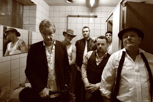 Lars Lilholt Band - Af Niels Foltved